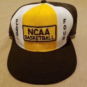 45860a912e7a0f NWOT Vintage Final Four Lucky Stripe snapback hat